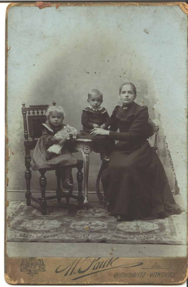 Mary Czernek and daughters Josephine and Mary
